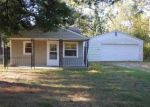 Foreclosed Home en NORTHWOODS DR, Alger, MI - 48610