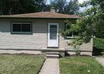 Foreclosed Home en FLEMING ST, Dearborn Heights, MI - 48125