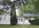 Foreclosed Home in E 6TH ST S, Newton, IA - 50208