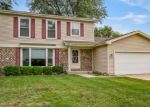 Foreclosed Home en ABBEY DR, Crystal Lake, IL - 60014
