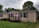 Foreclosed Home en E MAIN ST, Christopher, IL - 62822