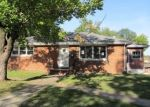Foreclosed Home en BRENTWOOD BLVD, Alton, IL - 62002