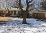 Foreclosed Home en VALLEY RD, North Branford, CT - 06471
