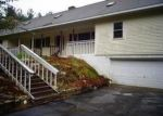 Foreclosed Home en COOK HILL RD, Danielson, CT - 06239