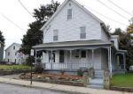 Foreclosed Home en SOULE ST, Jewett City, CT - 06351