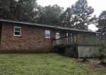 Foreclosed Home en HIGHWAY 16 E, Clinton, AR - 72031