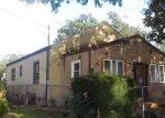 Foreclosed Home en PARKER ST, Freehold, NJ - 07728