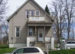 Foreclosed Home en W CHAMBERS ST, Milwaukee, WI - 53206