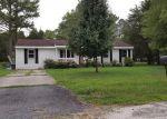 Foreclosed Home en SEVERN DR, Hayes, VA - 23072