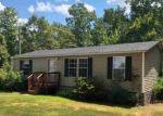 Foreclosed Home en GLENMORE RD, Howardsville, VA - 24562