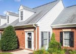 Foreclosed Home en MACON DR, Fredericksburg, VA - 22407