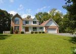 Foreclosed Home en OAK HILL DR, Woodstock, VA - 22664