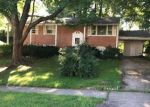 Foreclosed Home en LANGPORT DR, Springfield, VA - 22152