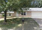 Foreclosed Home en OAK LEAF TRL, Hillsboro, MO - 63050