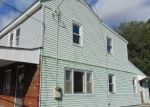 Foreclosed Home en BLUE BELL RD, Williamstown, NJ - 08094
