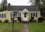 Foreclosed Home in STRATFORD RD, Holyoke, MA - 01040