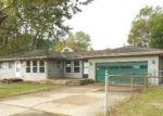 Foreclosed Home in SOUTHGATE AVE, Lansing, MI - 48910