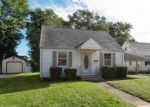 Foreclosed Home en SUMMIT AVE, East Haven, CT - 06512