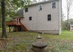 Foreclosed Home en CATHLEEN DR, East Stroudsburg, PA - 18302
