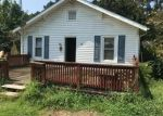 Foreclosed Home in BELL WILLIAMS RD, Burgaw, NC - 28425