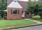Foreclosed Home en W FOUNDRY ST, Woodstock, VA - 22664