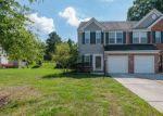 Foreclosed Home en DANIELS DR, Yorktown, VA - 23690