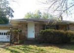 Foreclosed Home en MYRTLE AVE, Easton, PA - 18040