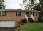 Foreclosed Home en REDWOOD DR, Waynesboro, PA - 17268