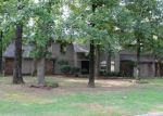 Foreclosed Home en ROYAL SCOTS WAY, Fort Smith, AR - 72908