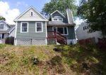 Foreclosed Home en MACAULEY AVE, Waterbury, CT - 06705