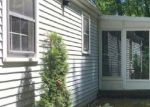 Foreclosed Home en VERNON ST W, Manchester, CT - 06042