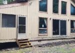 Foreclosed Home en BIG BASS DR, Gouldsboro, PA - 18424