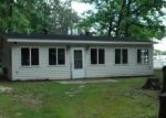 Foreclosed Home en COTTAGE DR, Prudenville, MI - 48651