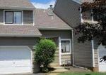 Foreclosed Home en BURNTWOOD TRL, Toms River, NJ - 08753