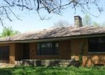 Foreclosed Home en E FAIRVIEW ST, Peoria, IL - 61615