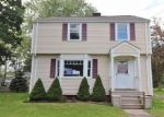 Foreclosed Home en S CURTIS ST, Meriden, CT - 06450