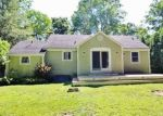 Foreclosed Home en MOTT HILL RD, East Hampton, CT - 06424