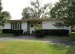 Foreclosed Home en CATALPA AVE, Wood Dale, IL - 60191