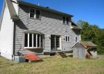 Foreclosed Home en E COTTON HILL RD, New Hartford, CT - 06057