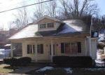 Foreclosed Home en E GRAFTON RD, Fairmont, WV - 26554