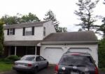 Foreclosed Home en PINEHILL RD, Feasterville Trevose, PA - 19053
