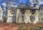 Foreclosed Home en GRISWOLD DR, West Hartford, CT - 06119