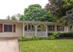 Foreclosed Home en BEST AVE, Dekalb, IL - 60115