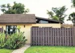 Foreclosed Home en GATE RD, Hollywood, FL - 33024