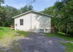 Foreclosed Home en PRESLEY LN, Kearneysville, WV - 25430