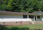 Foreclosed Home in COUNTRY LN, Pikeville, KY - 41501