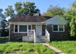Foreclosed Home en W KING ST, Pottstown, PA - 19464