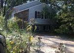 Foreclosed Home en LOCUST DR, Pasadena, MD - 21122