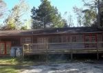 Foreclosed Home in WOODS CIR, New Bern, NC - 28562