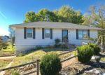 Foreclosed Home en N MATTHEW ST, Easton, MO - 64443